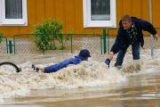 Погода на три дня: штормовое предупреждение объявили по всему Казахстану