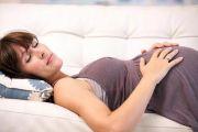 Почему беременным нельзя спать на спине?