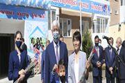 В День 20-летия со дня обретения Талдыкорганом статуса административного центра 55 семей отпраздновали новоселье