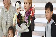 Представители культурного сообщества Алматинской области купили 4 многодетным семьям дома
